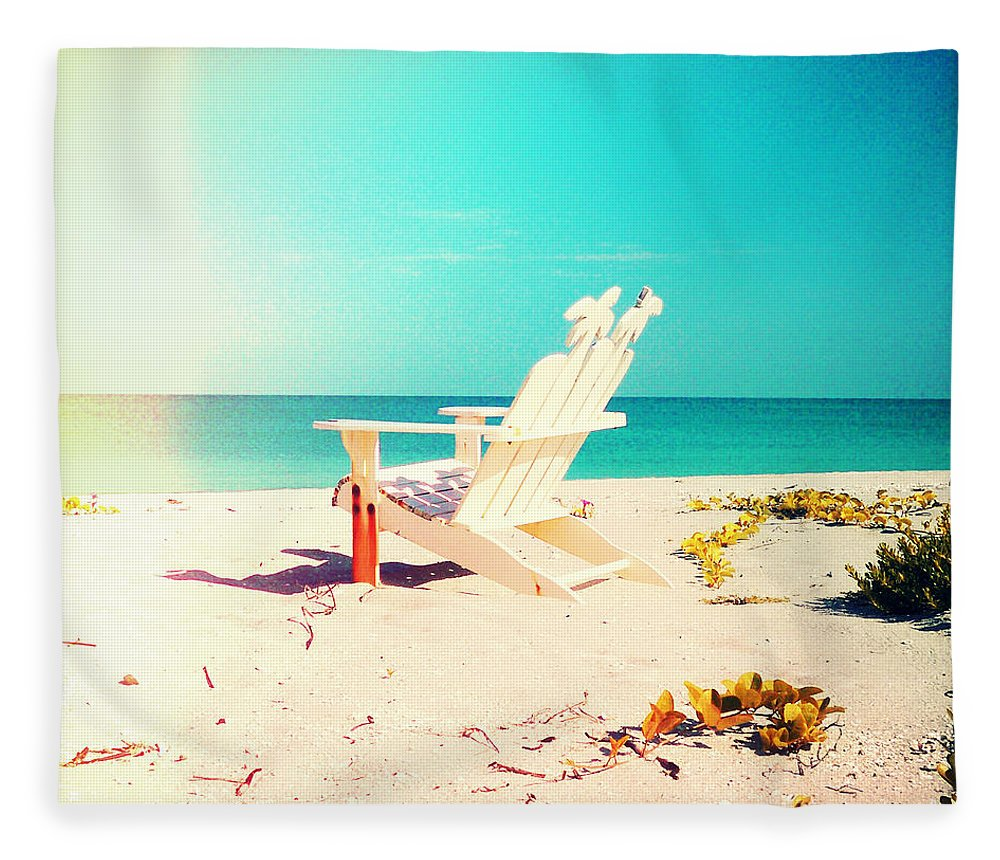 Florida Fleece Blanket featuring the photograph The Life by Chris Andruskiewicz