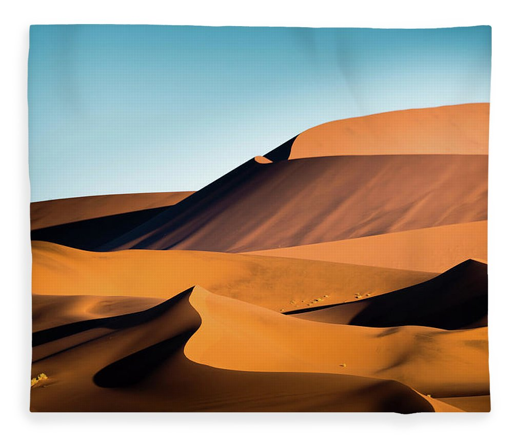Sand Dune Fleece Blanket featuring the photograph The Red Sand Dunes In Namibia by José Gieskes Fotografie