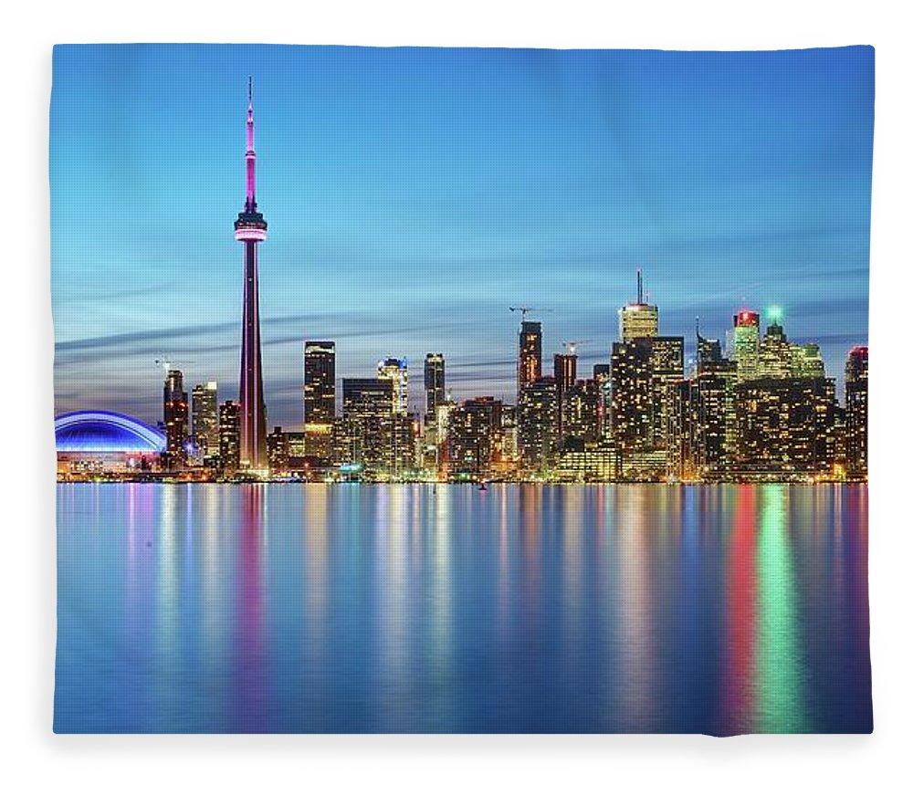 Tranquility Fleece Blanket featuring the photograph Toronto Skyline by Thomas Kurmeier