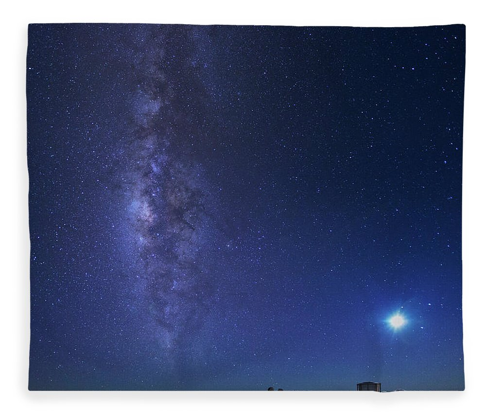 Tranquility Fleece Blanket featuring the photograph Usa, Hawaii, Maui, Milky Way by Michele Falzone