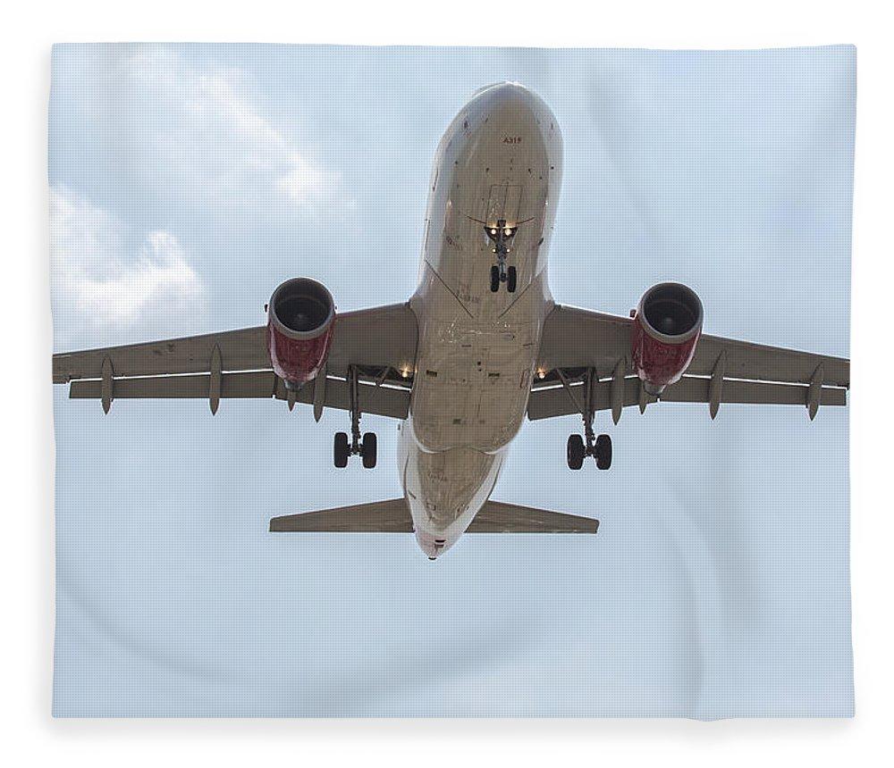 Virgin Fleece Blanket featuring the photograph Virgin America Airbus 319 by John Daly
