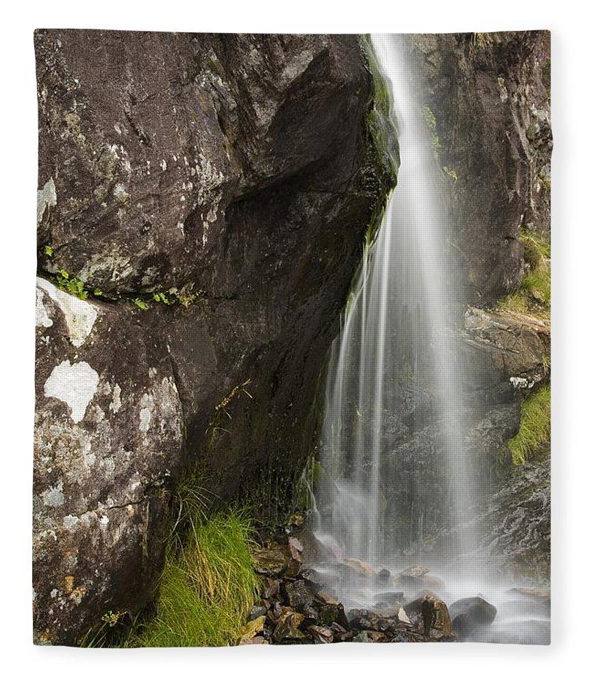 Brook Fleece Blanket featuring the photograph Connor Pass, Dingle Peninsula, County by Richard Cummins