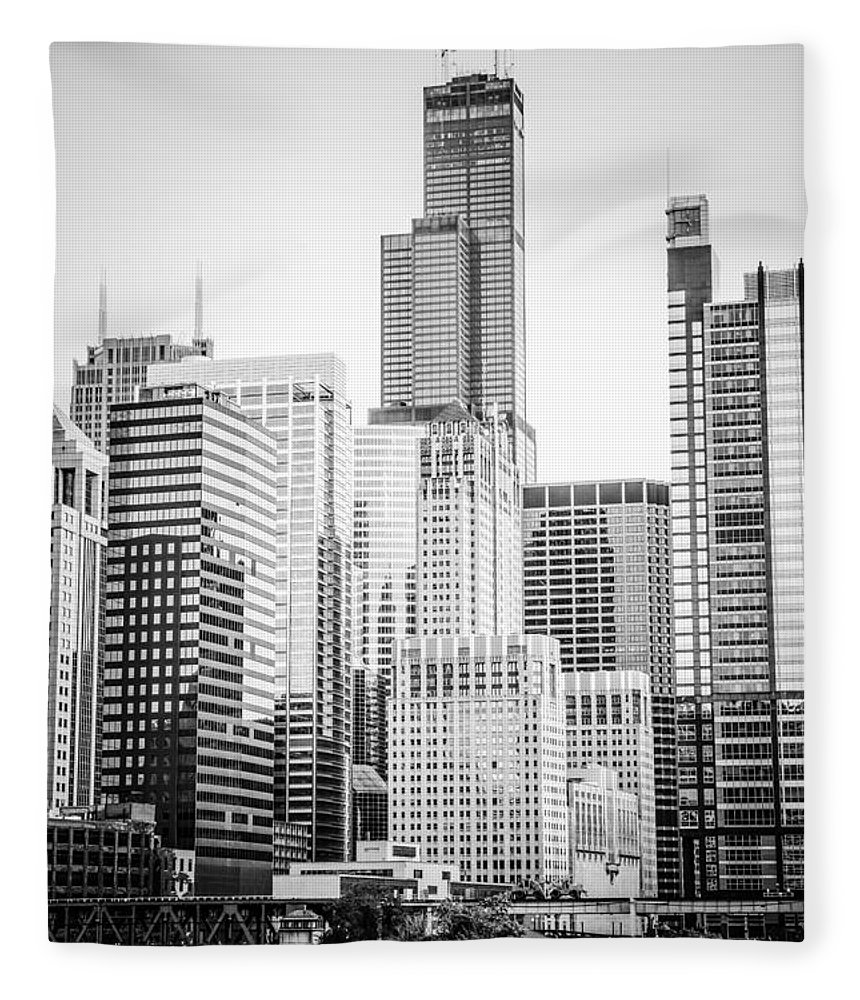 America Fleece Blanket featuring the photograph Chicago With Sears Willis Tower In Black And White by Paul Velgos