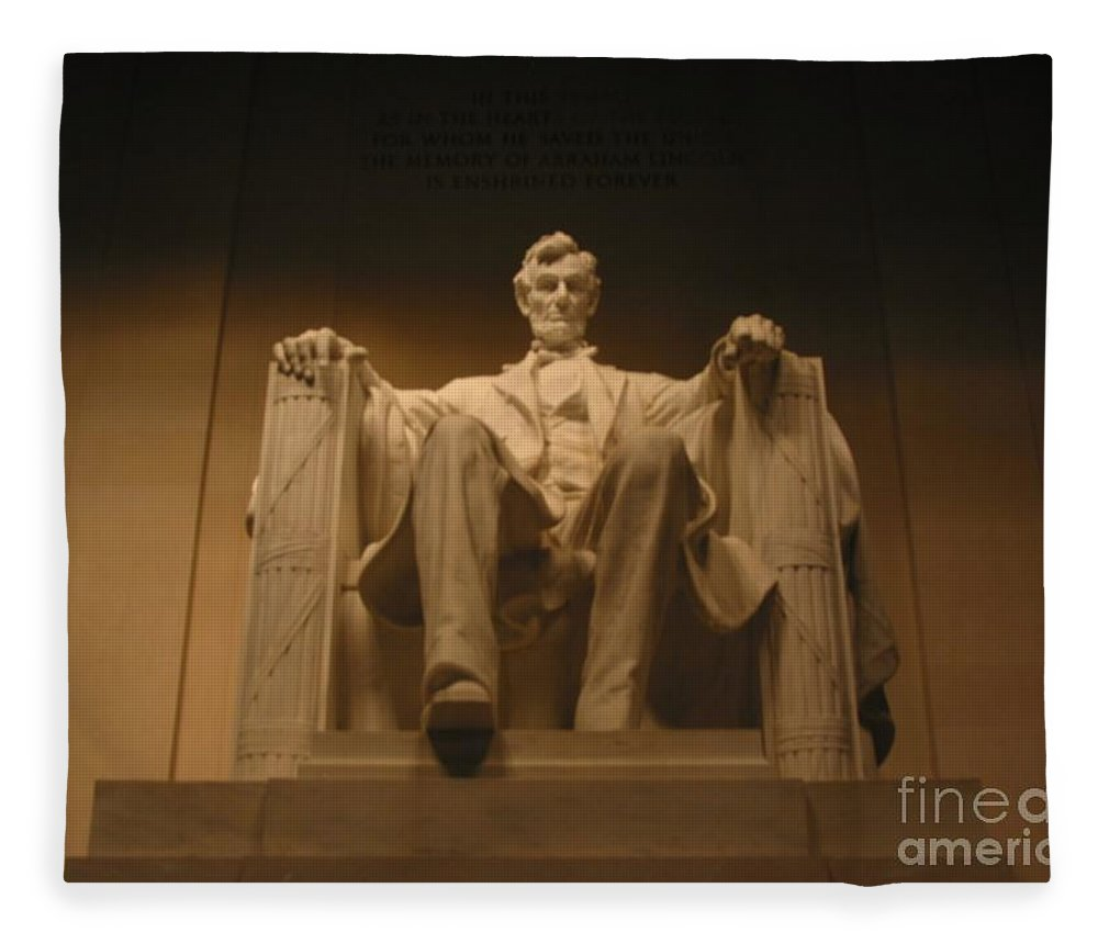 Abraham Lincoln Fleece Blanket featuring the painting Lincoln Memorial by Brian McDunn