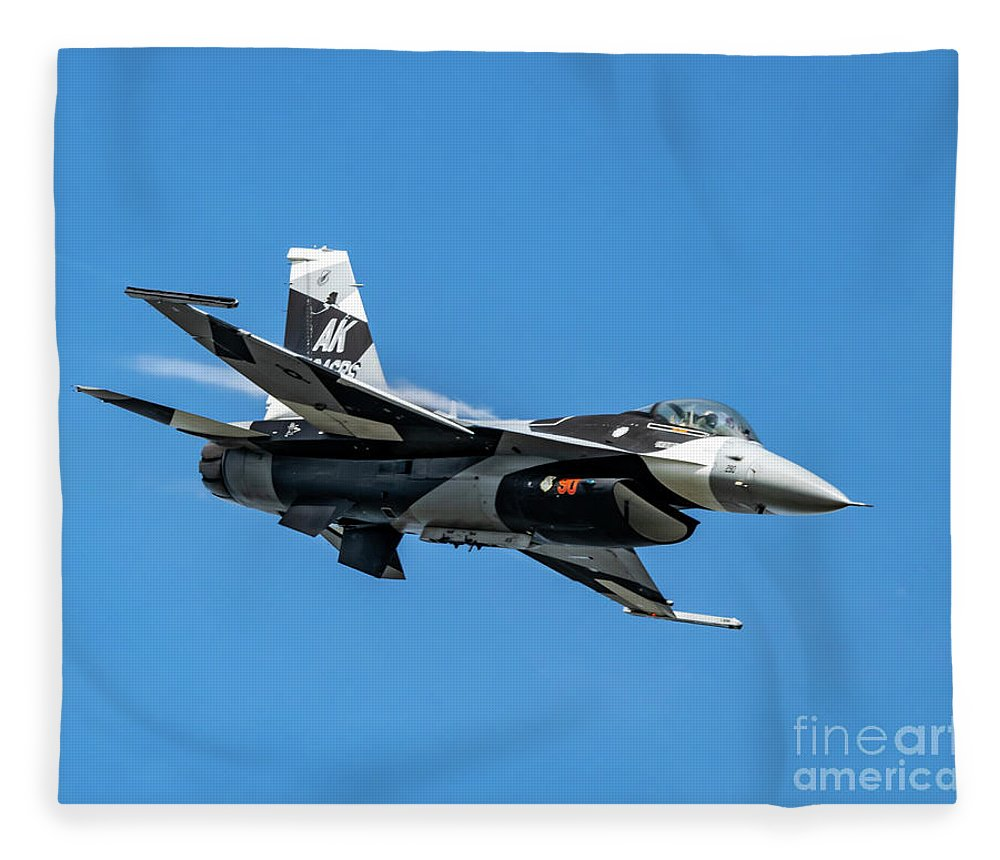 18th Aggressor Squadron Fleece Blanket featuring the photograph 18th Aggressor Sgn Viper Pulling Up Trailing Vapes by Joe Kunzler
