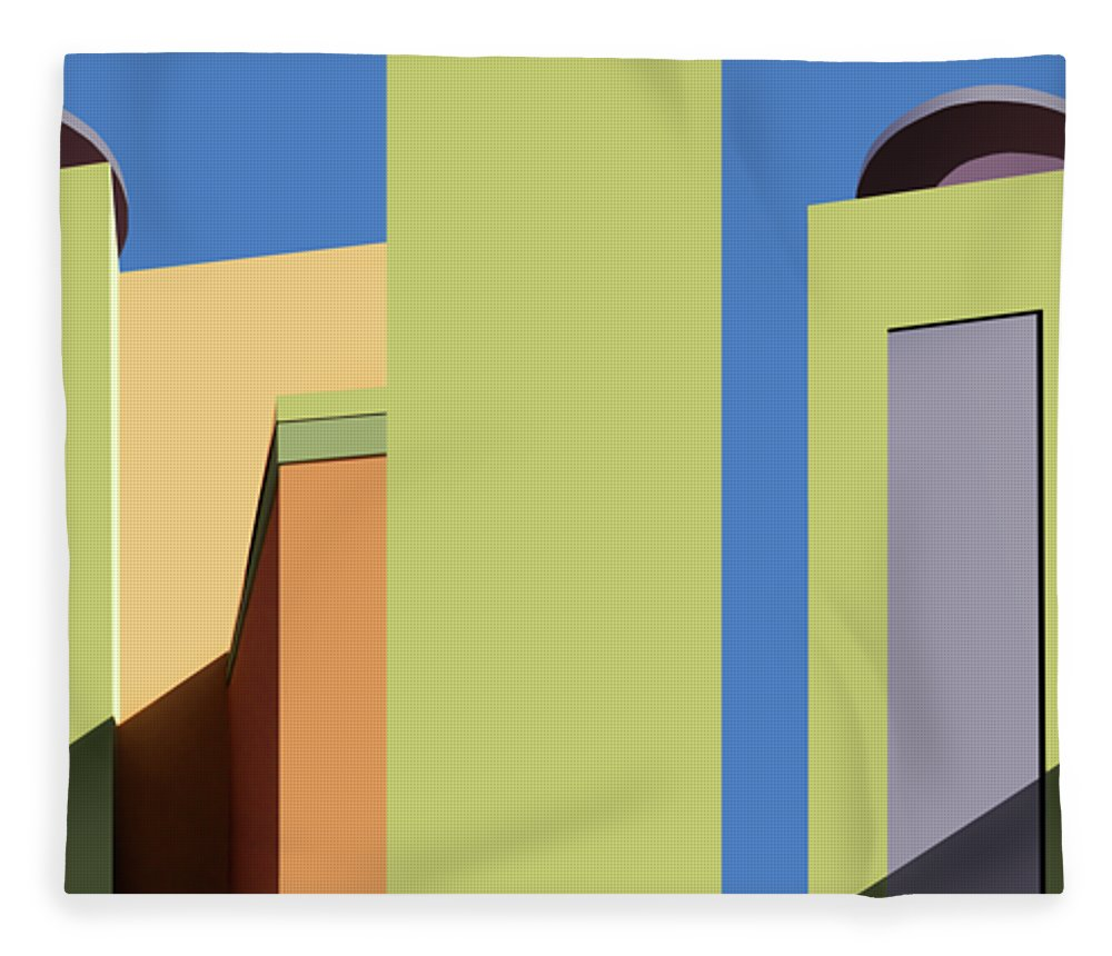 New Mexico Fleece Blanket featuring the photograph Back To The Market by Nikolyn McDonald
