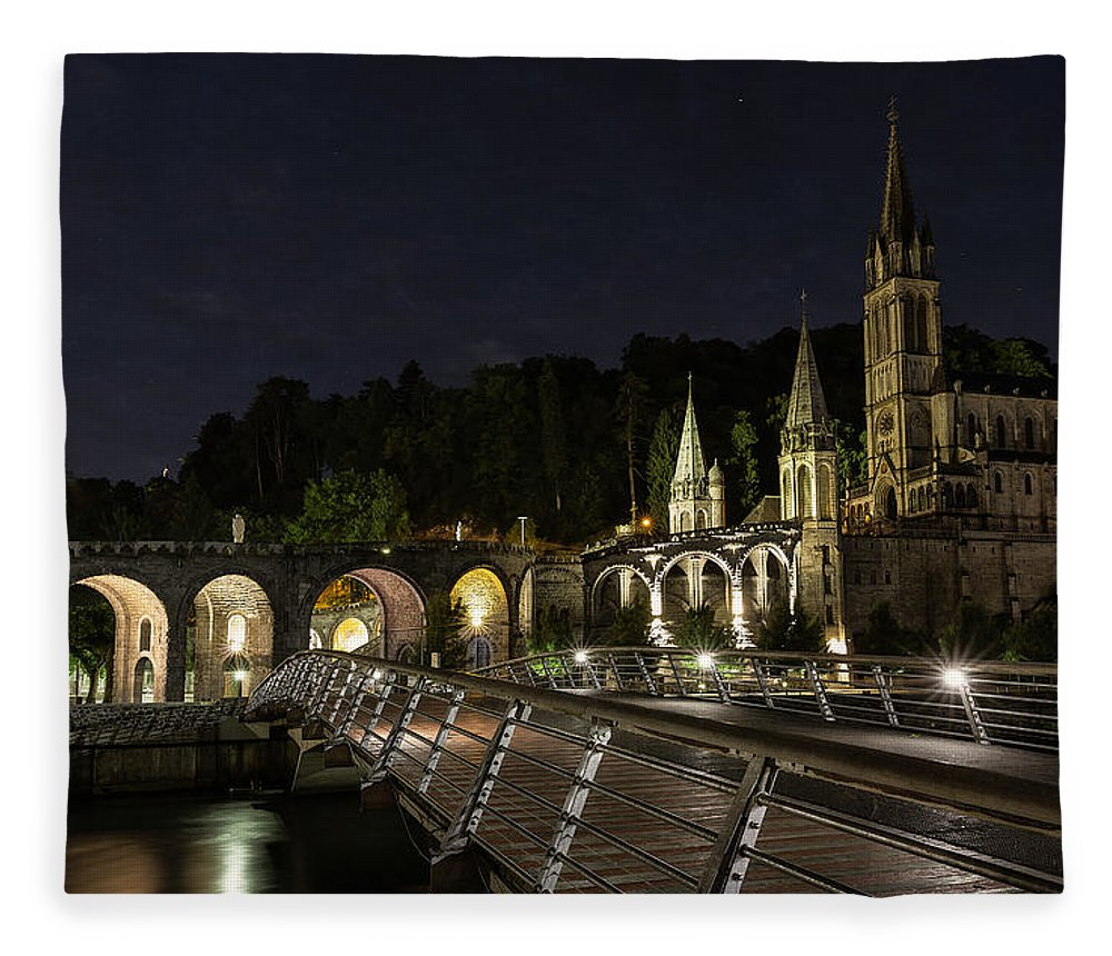 Basilica Fleece Blanket featuring the photograph Basilica Of The Immaculate Conception by Everet Regal