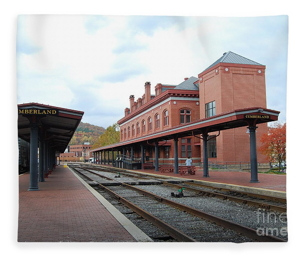 Historic Fleece Blanket featuring the photograph Cumberland City station by Eric Liller