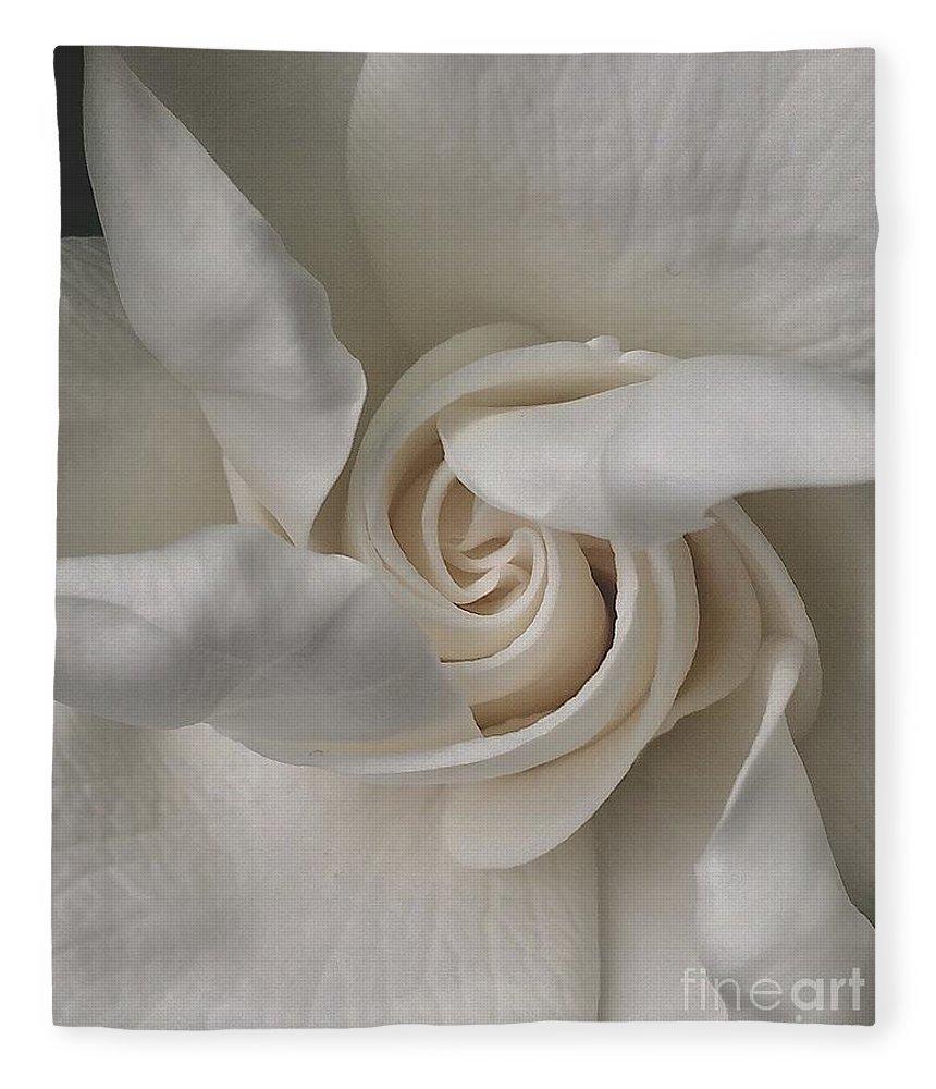 Gardenia Fleece Blanket featuring the photograph Elegance by Nanci Rozal