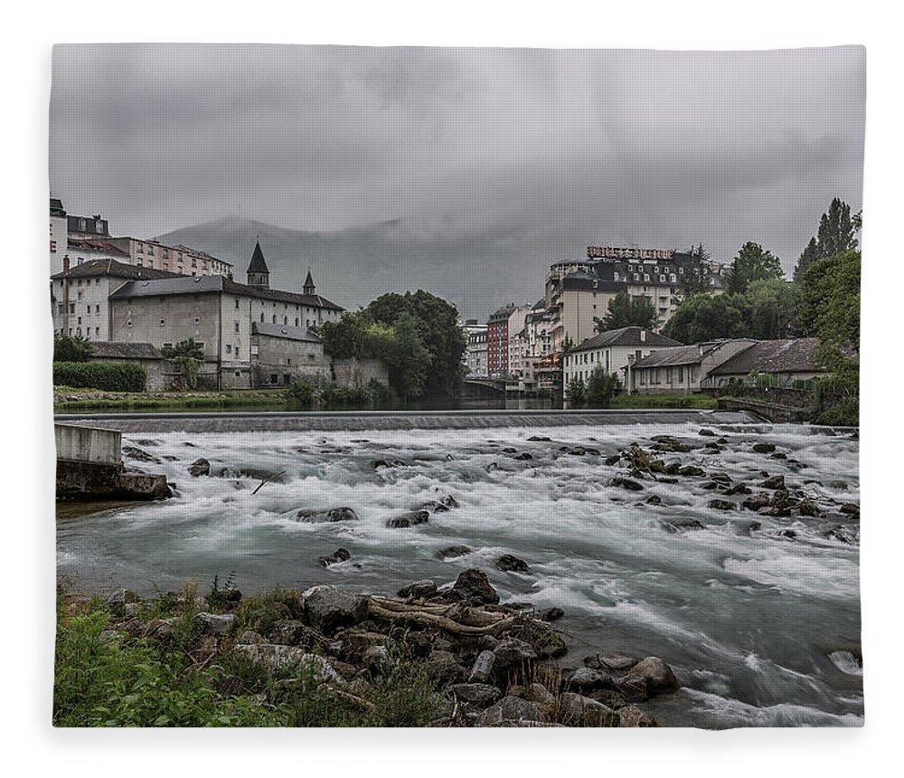Lourdes Fleece Blanket featuring the photograph Gave De Pau Lourdes by Everet Regal
