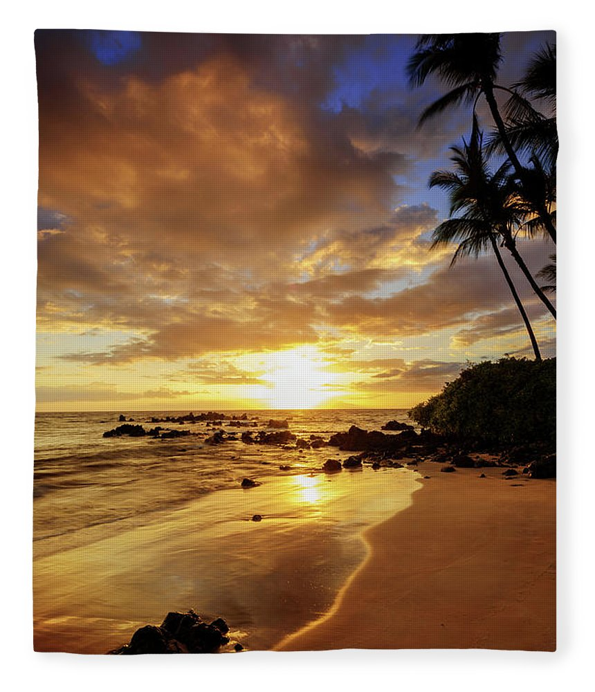 Glorious Fleece Blanket featuring the photograph Glorious by Chad Dutson