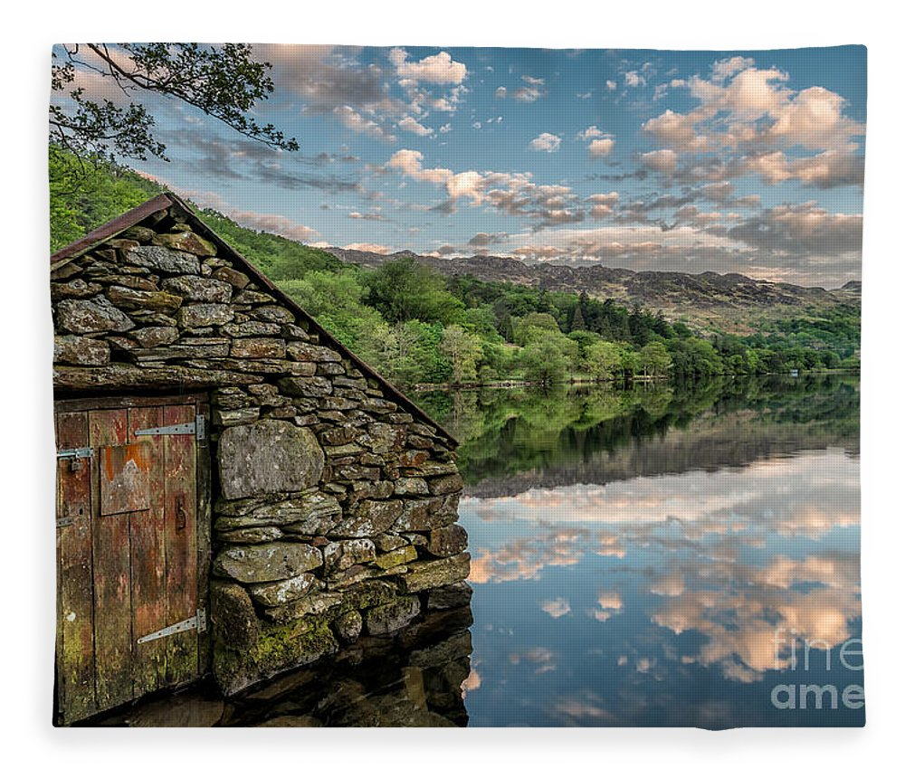 Sunset Fleece Blanket featuring the photograph Gwynant Lake Sunset by Adrian Evans