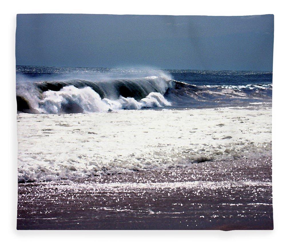 Beach Fleece Blanket featuring the photograph Incoming by Steve Karol