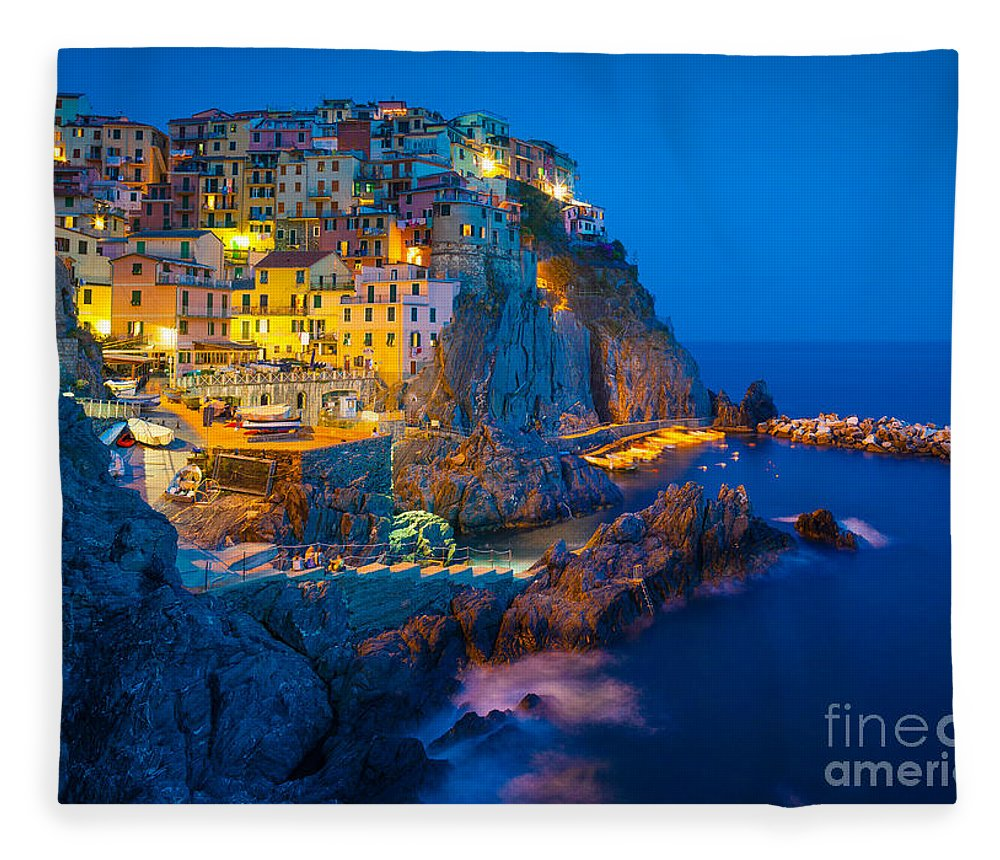 Cinque Terre Fleece Blanket featuring the photograph Manarola By Night by Inge Johnsson