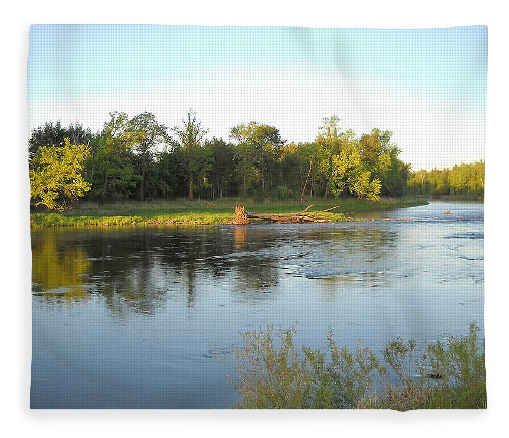 Mississippi River Fleece Blanket featuring the photograph Mississippi River Lovely Dawn Light by Kent Lorentzen