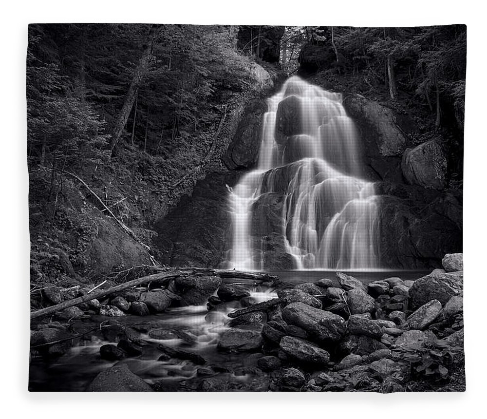 Vermont Fleece Blanket featuring the photograph Moss Glen Falls - Monochrome by Stephen Stookey