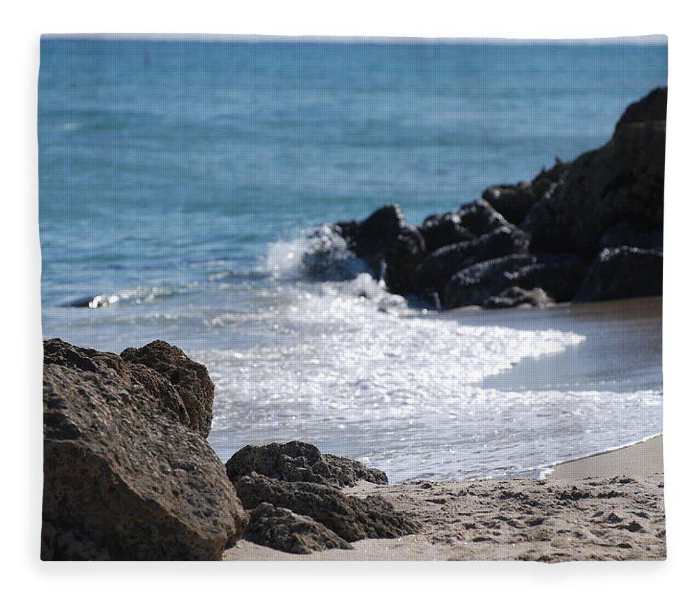 Sea Scape Fleece Blanket featuring the photograph Ocean Rocks by Rob Hans