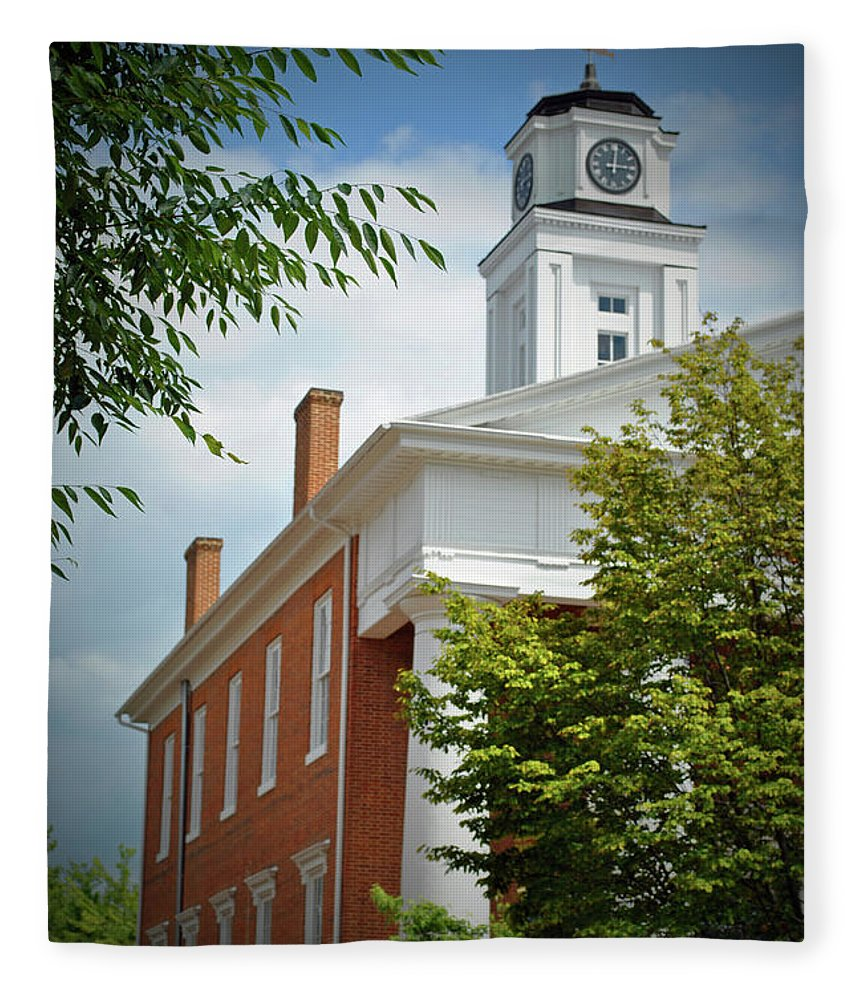 Winchester Fleece Blanket featuring the photograph Old Court House by Jost Houk