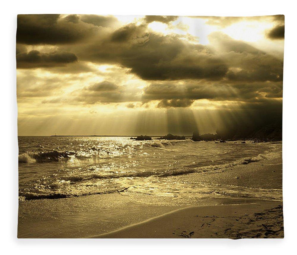 Beach Fleece Blanket featuring the photograph Playa De Oro by Acropolis De Versailles