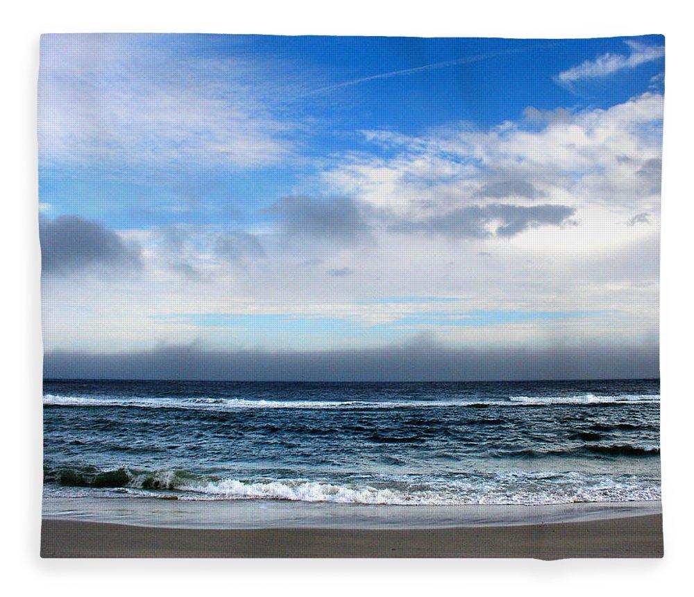 Seascape Fleece Blanket featuring the photograph Receding Fog Seascape by Steve Karol