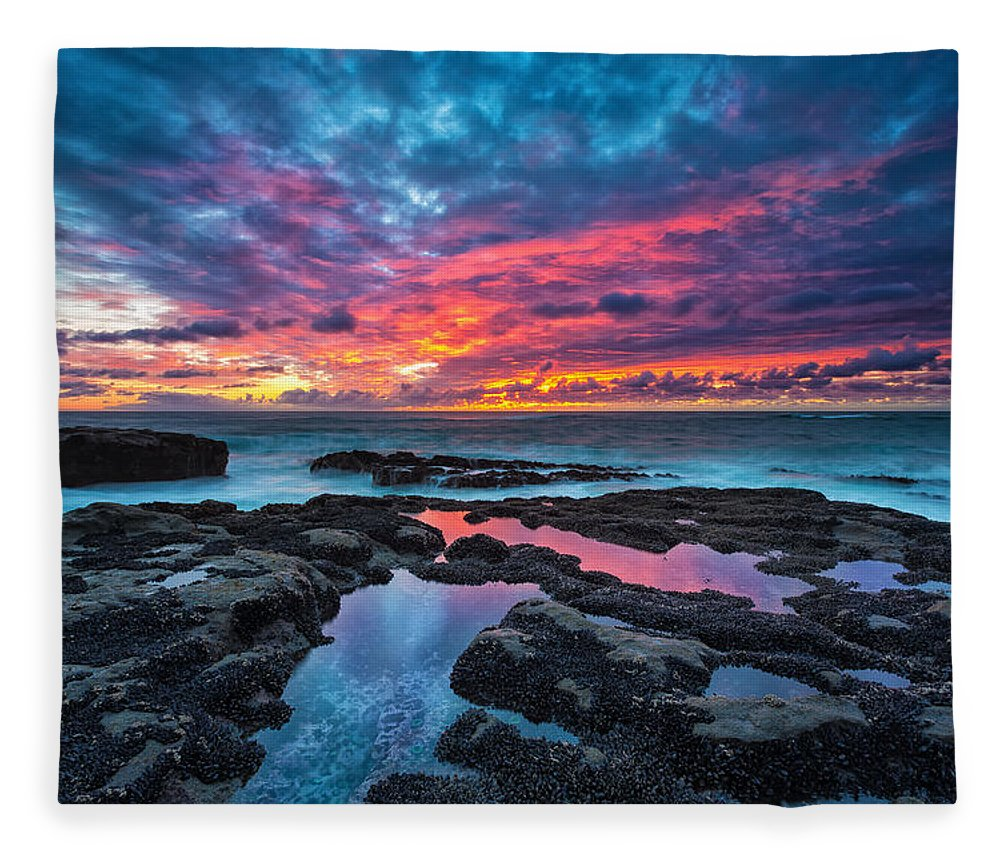 Sunset Fleece Blanket featuring the photograph Serene Sunset by Robert Bynum
