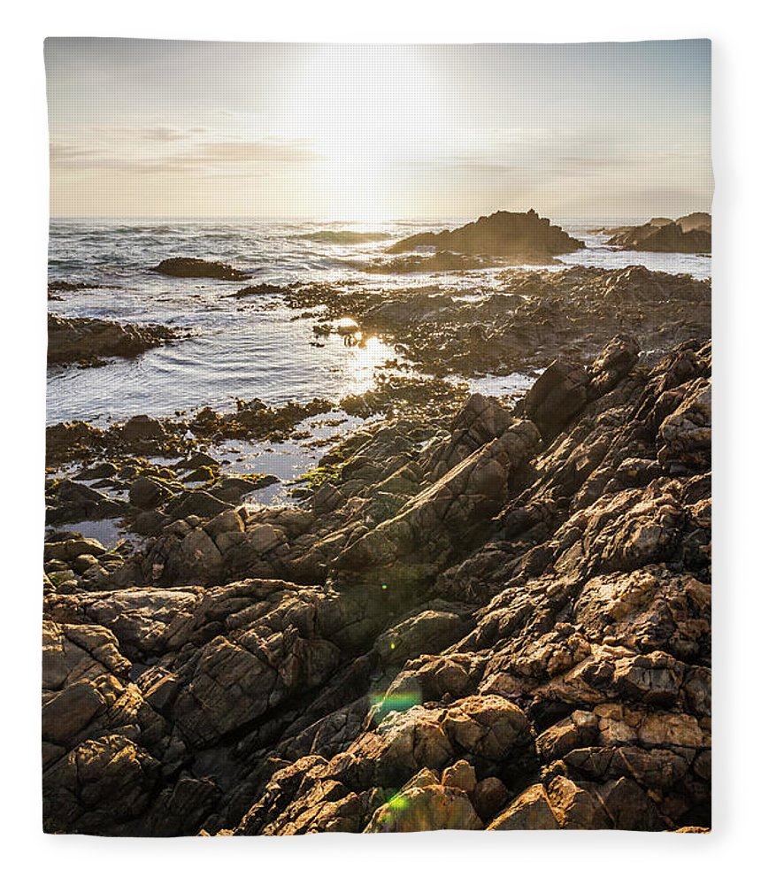 Water Fleece Blanket featuring the photograph Shore Rays by Jorgo Photography - Wall Art Gallery