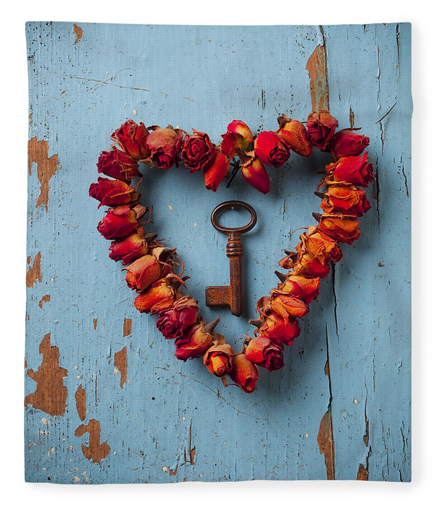 Love Rose Heart Wreath Key Fleece Blanket featuring the photograph Small Rose Heart Wreath With Key by Garry Gay