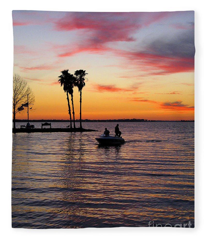 Lake Fleece Blanket featuring the photograph Sunset On Lake Dora At Mount Dora Florida by William Kuta