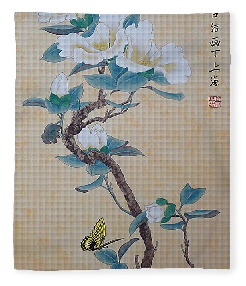 Hibiscus Fleece Blanket featuring the painting White Hibiscus by Birgit Moldenhauer