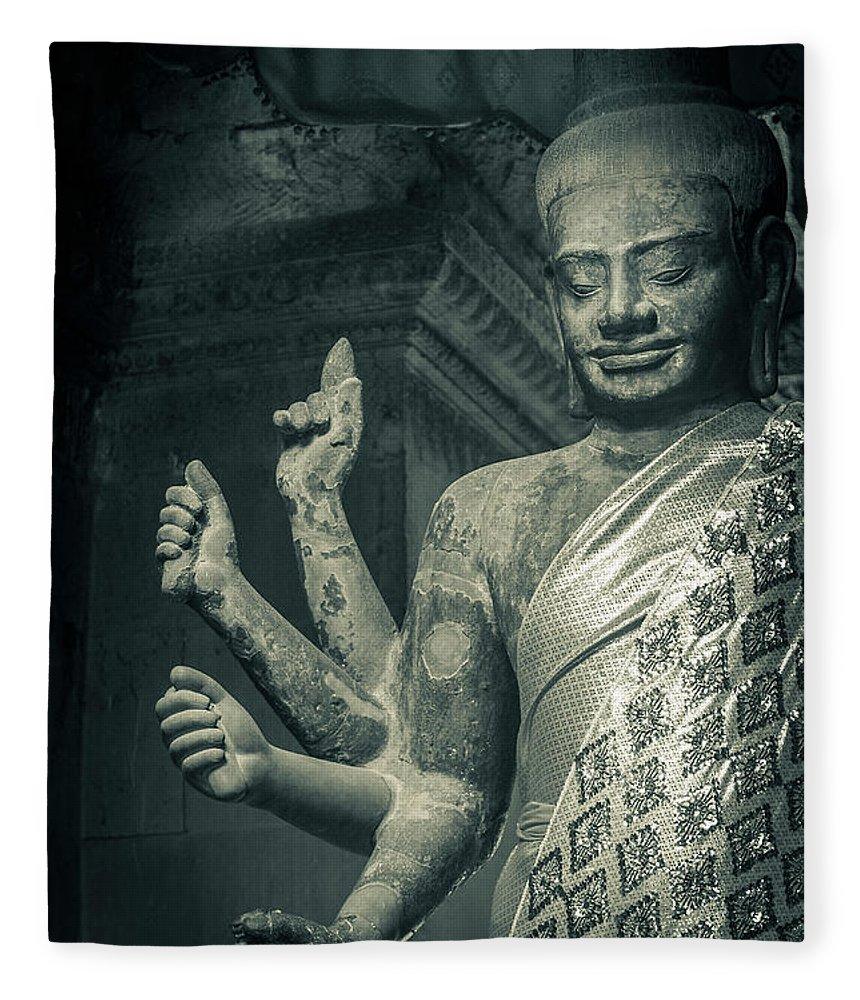 Statue Fleece Blanket featuring the photograph Angkor Wat by Www.sergiodiaz.net