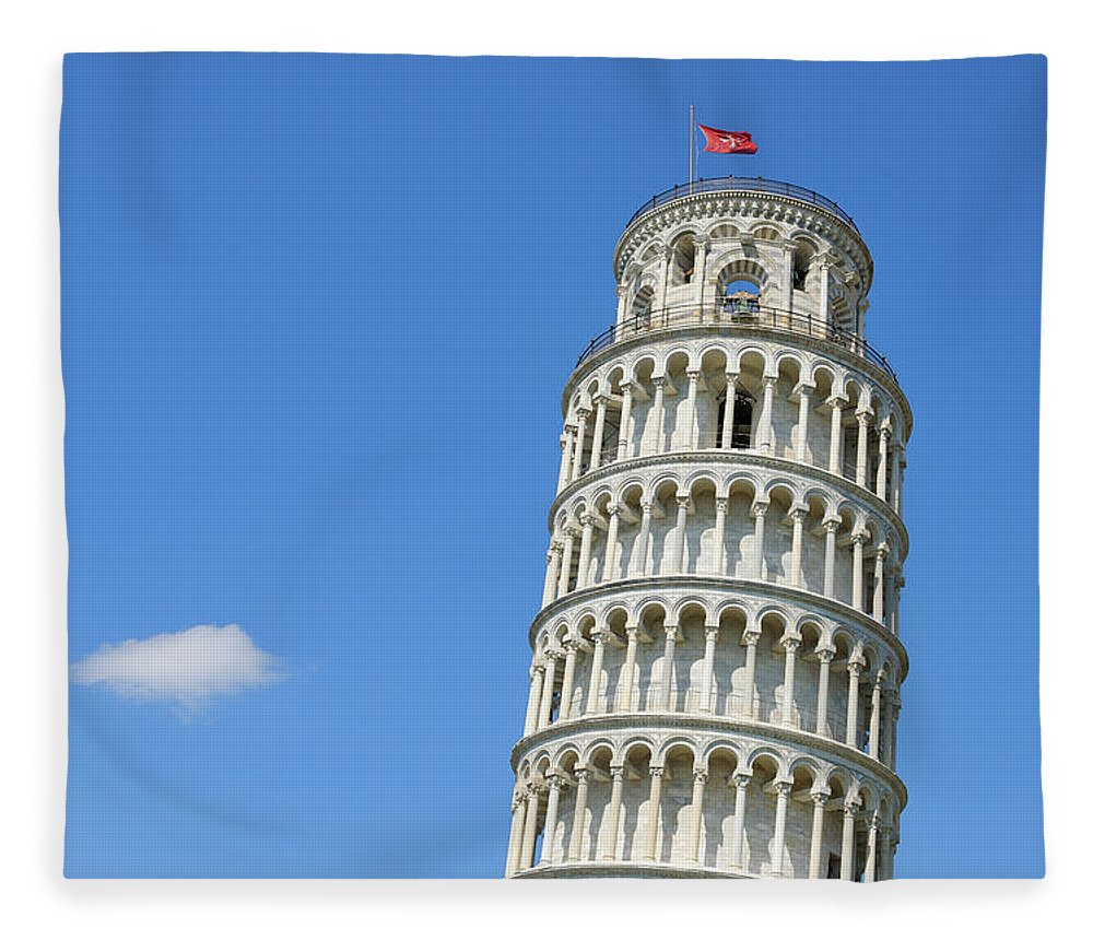 Arch Fleece Blanket featuring the photograph Leaning Tower Of Pisa by Martin Ruegner