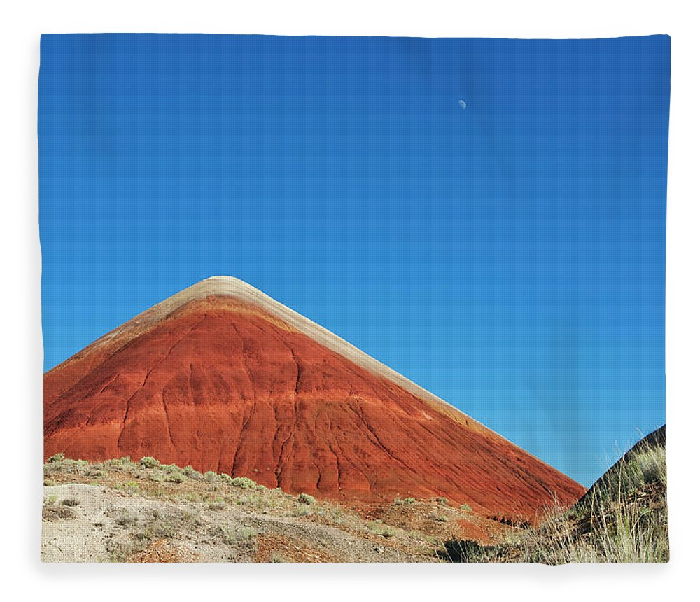 Scenics Fleece Blanket featuring the photograph Painted Hills Desert With Quarter Moon by Sasha Weleber