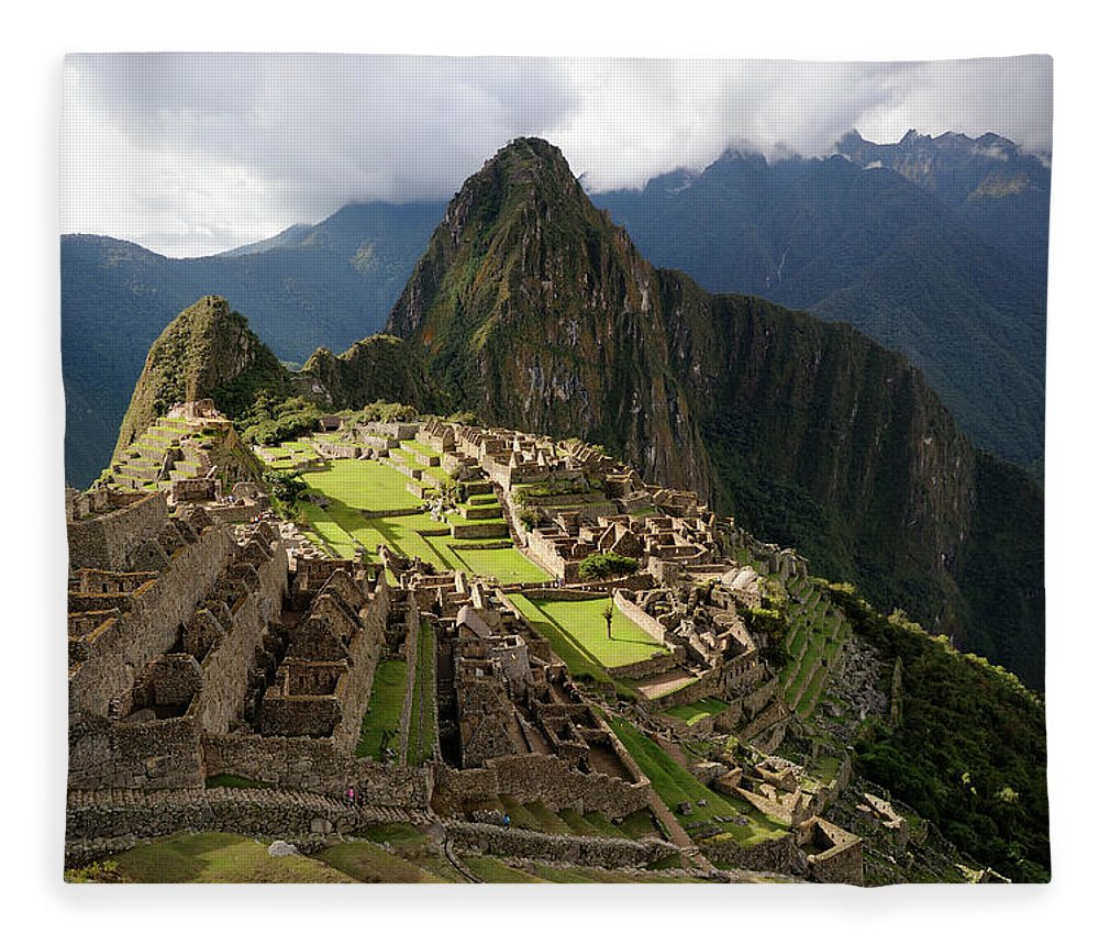 Disbelief Fleece Blanket featuring the photograph The Lost Inca City Of Machu Picchu by Elmvilla