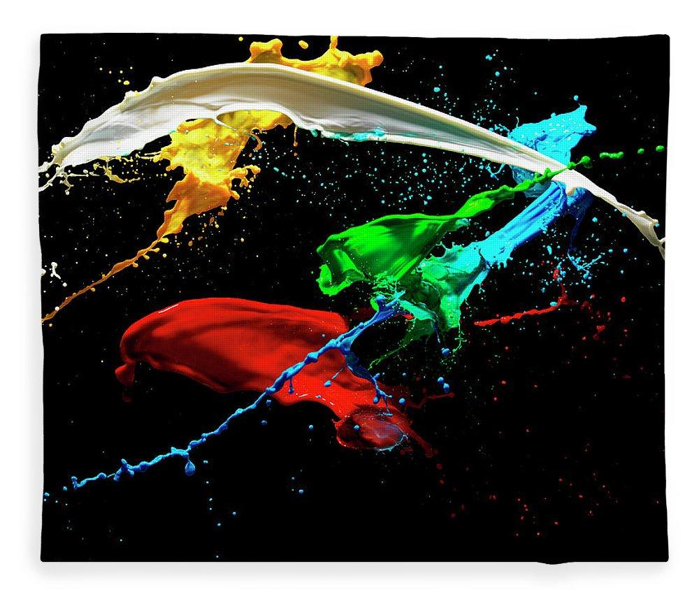 Copenhagen Fleece Blanket featuring the photograph Mixing Liquids by Henrik Sorensen