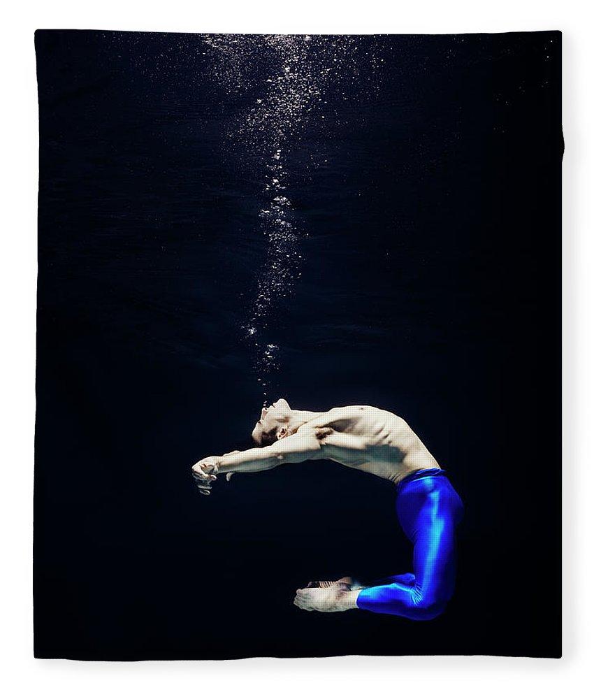 Ballet Dancer Fleece Blanket featuring the photograph Ballet Dancer Underwater by Henrik Sorensen