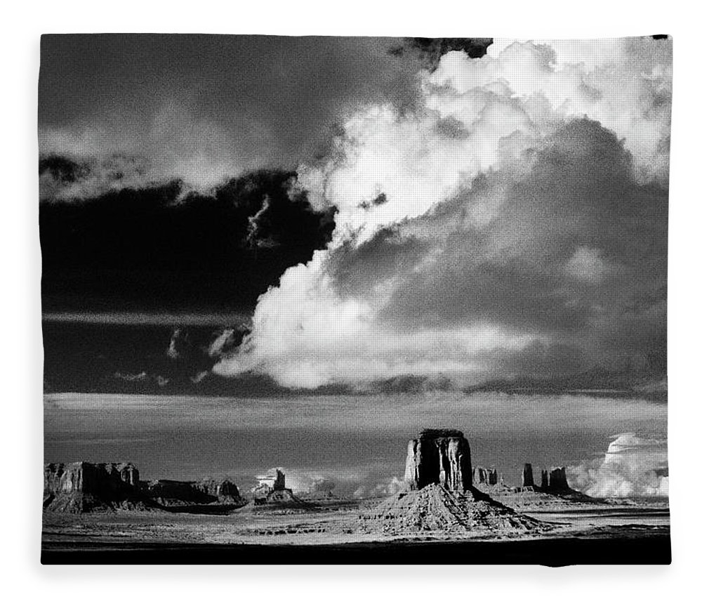 F3-a-0130-b Fleece Blanket featuring the photograph After A Spring Time Storm by Paul W Faust - Impressions of Light