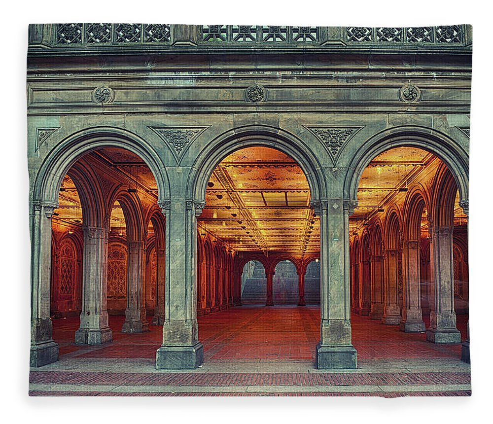 Arch Fleece Blanket featuring the photograph Bethesda Terrace In Central Park - Hdr by Rontech2000