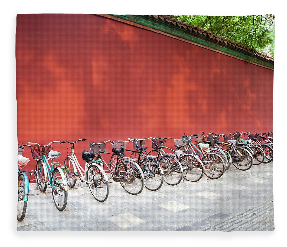 Shadow Fleece Blanket featuring the photograph Chinese Bikes by Sam Diephuis
