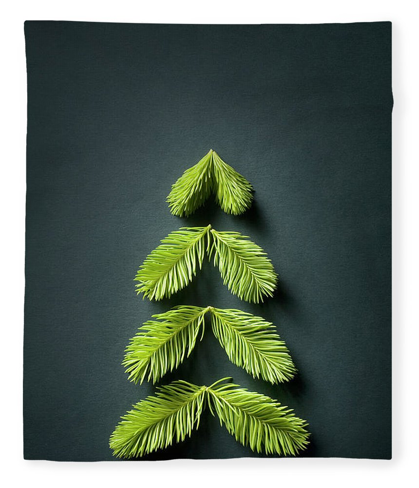Needle Fleece Blanket featuring the photograph Christmas Tree by Malerapaso