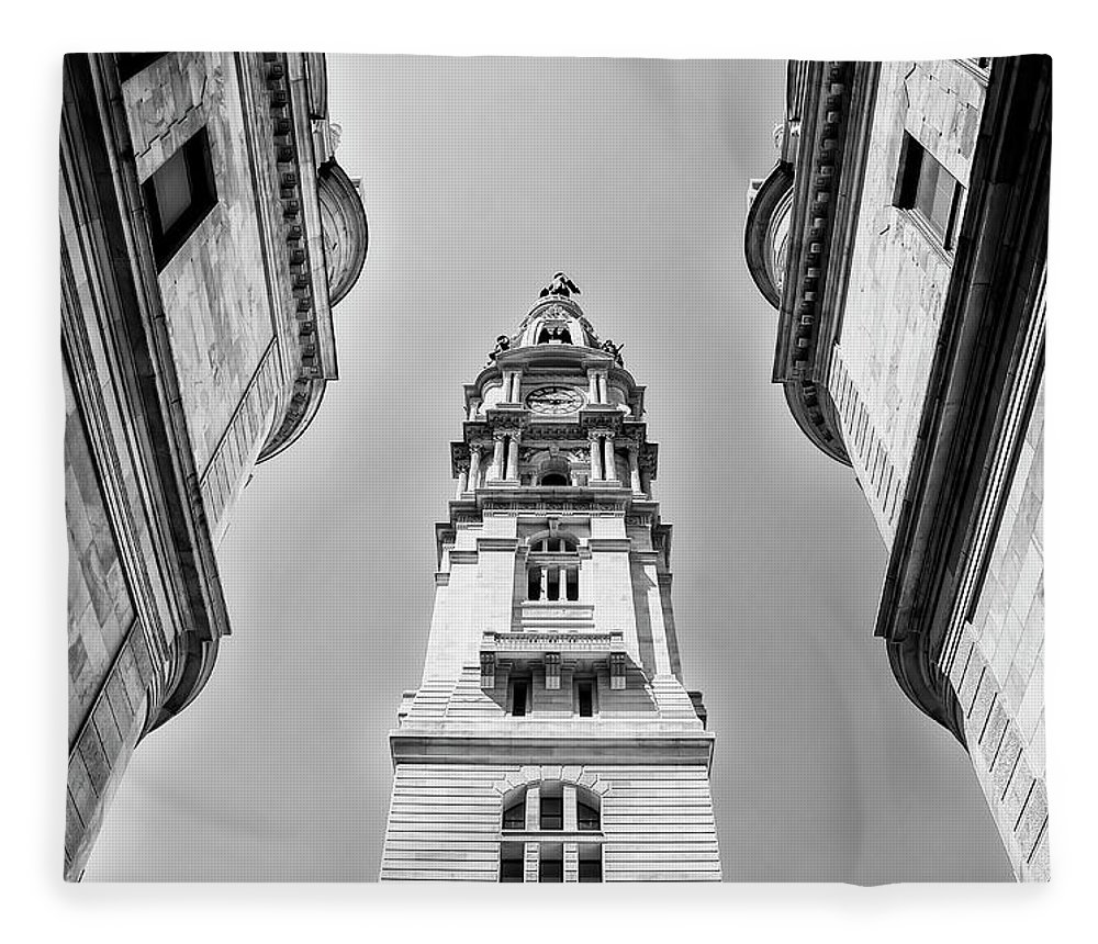Black And White Fleece Blanket featuring the photograph City Hall In Center City Philadelphia In Black And White by Bill Cannon