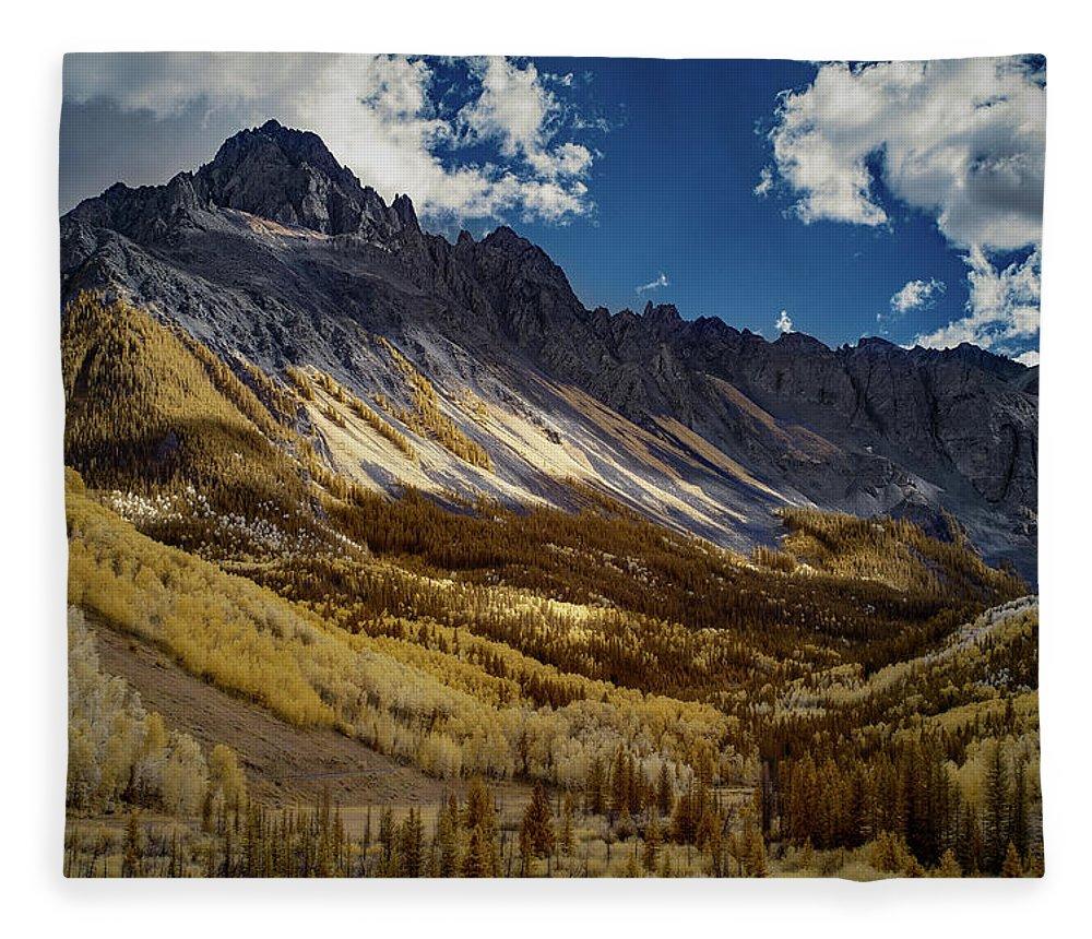 Colorado Fleece Blanket featuring the photograph Colorado Mountains by Jon Glaser