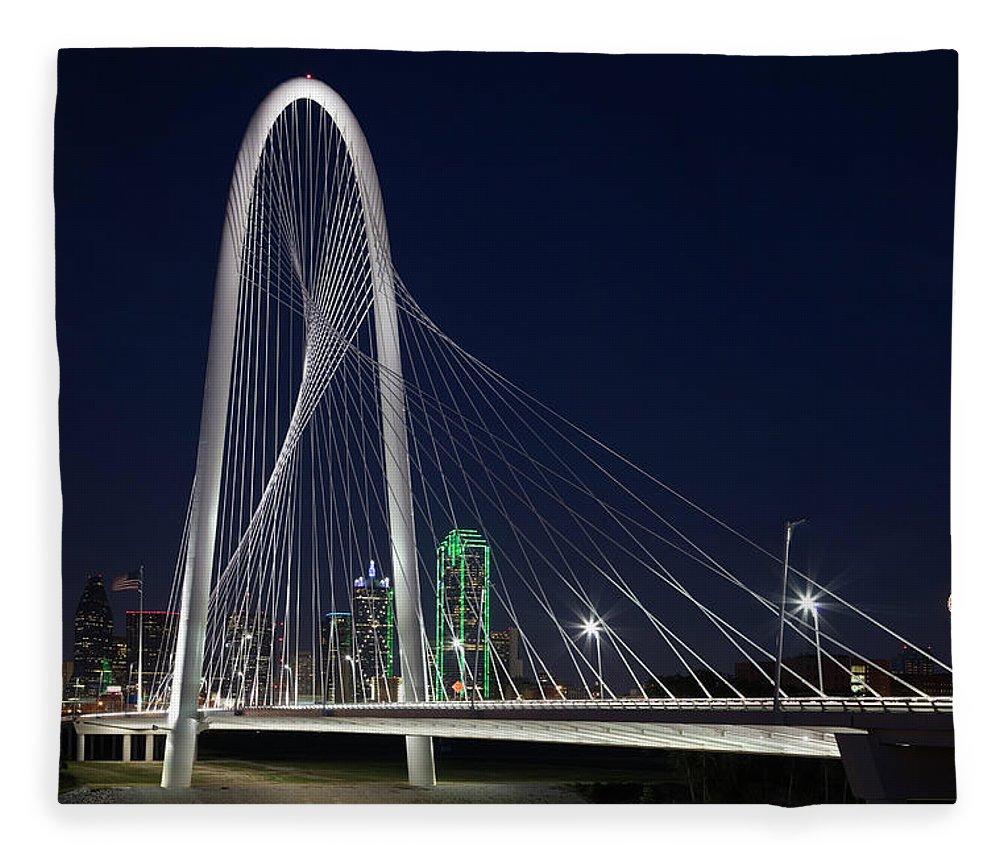 Suspension Bridge Fleece Blanket featuring the photograph Dallas' Suspension Bridge At Night by Dhughes9