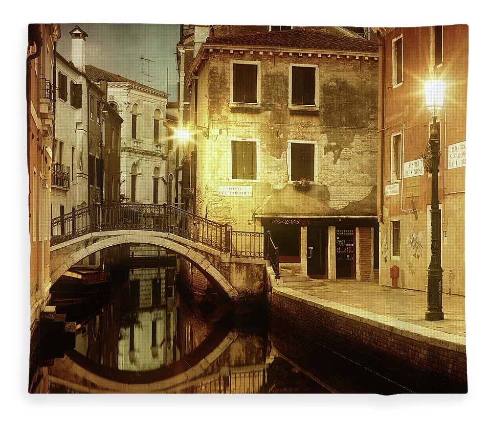 Empty Fleece Blanket featuring the photograph Dreaming Venice by Mammuth