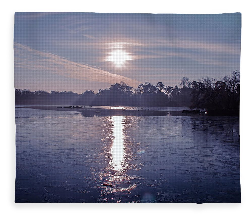 Lake Fleece Blanket featuring the photograph Frozen by Claire Lowe
