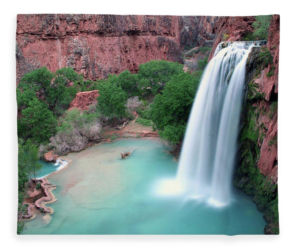 Geology Fleece Blanket featuring the photograph Havasu Falls Landscape by Jpschrage