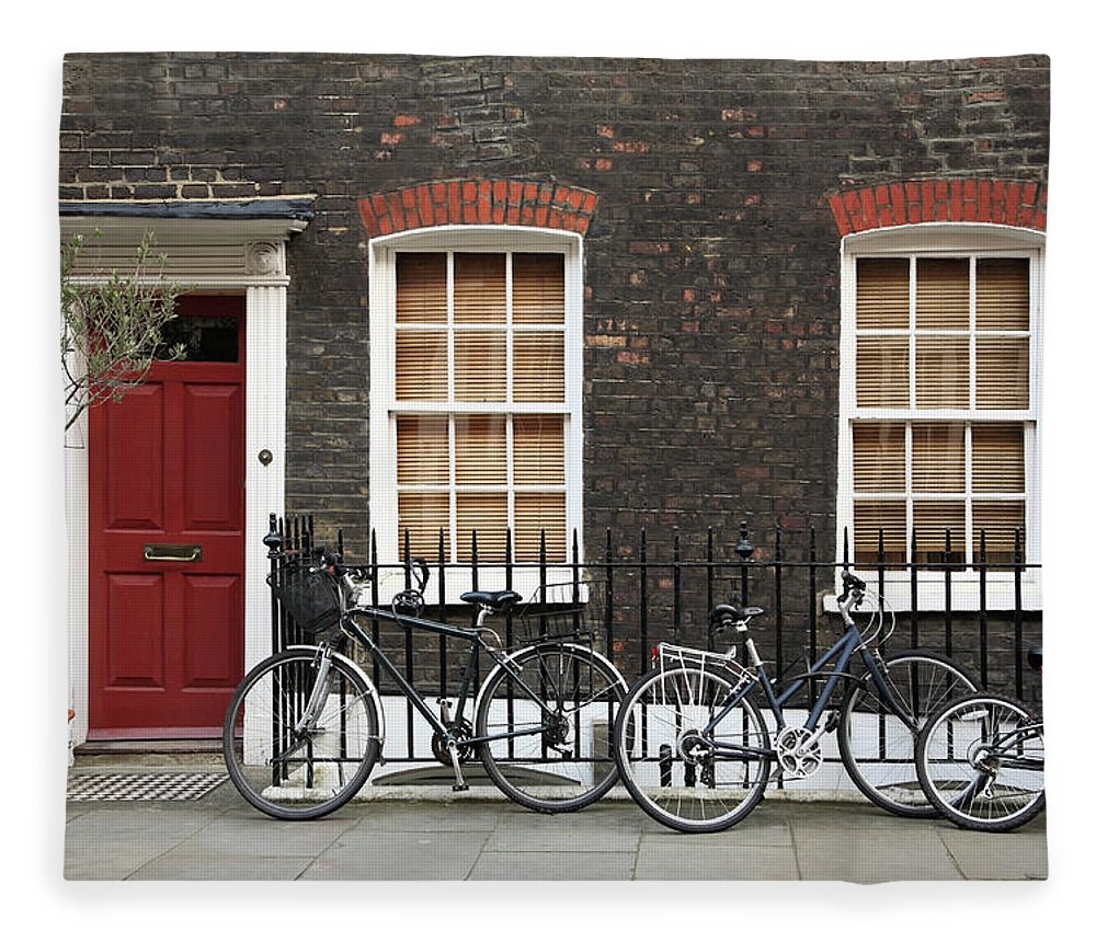 Row House Fleece Blanket featuring the photograph House In London by Imagestock