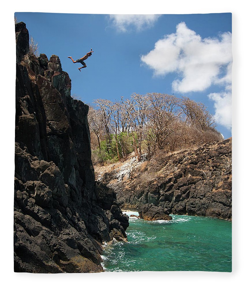 Tranquility Fleece Blanket featuring the photograph Jumping by Mauricio M Favero