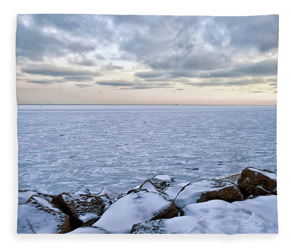 Tranquility Fleece Blanket featuring the photograph Lake Michigan by By Ken Ilio