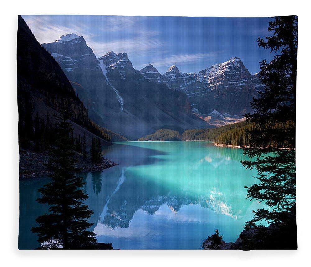 Extreme Terrain Fleece Blanket featuring the photograph Moraine Lake, Banff National Park by Dan prat