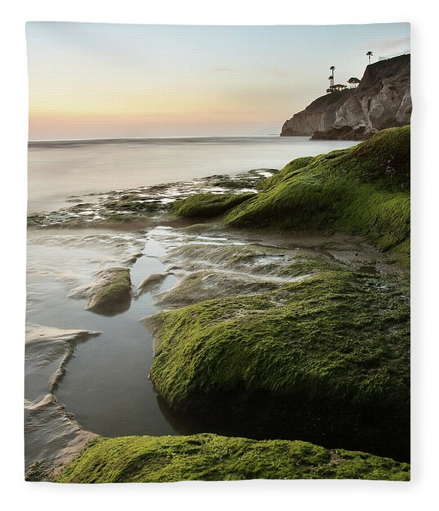 Pismo Beach Fleece Blanket featuring the photograph Mossy Rocks At Pismo Beach by Kevinruss